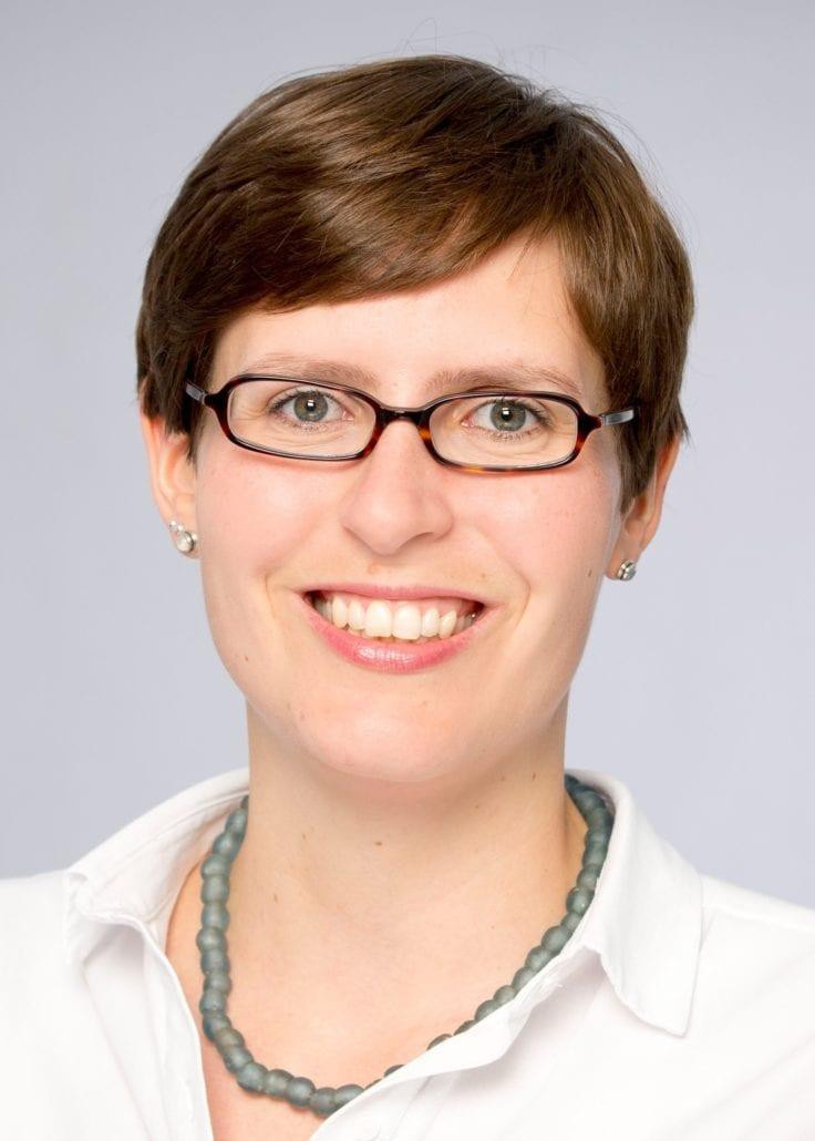 Dr. Isabelle <br />Scholl